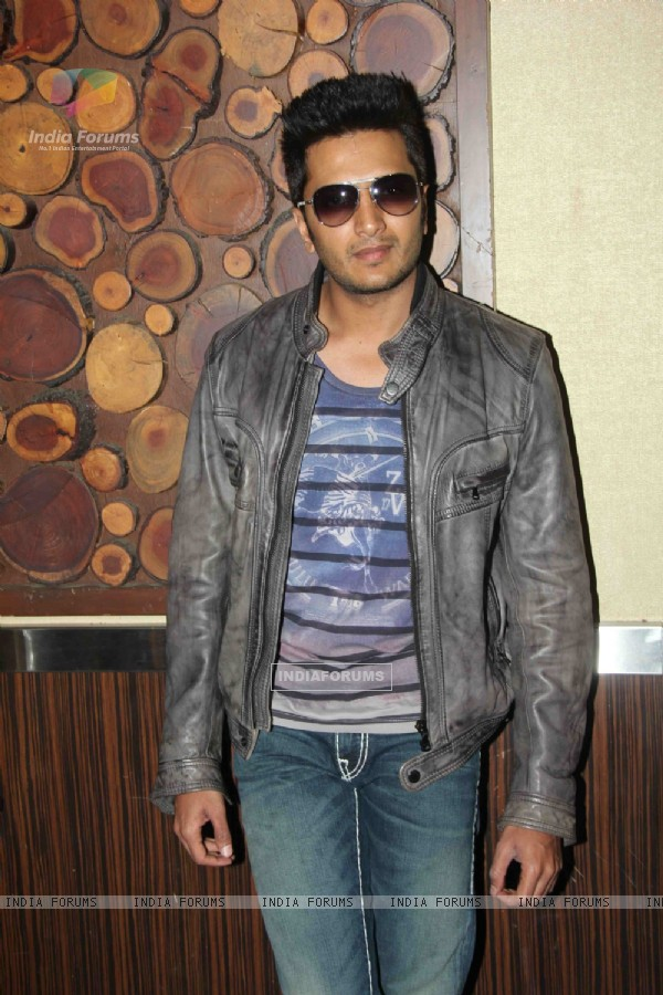 Ritesh Deshmukh at Success bash of film F.A.L.T.U (129649)