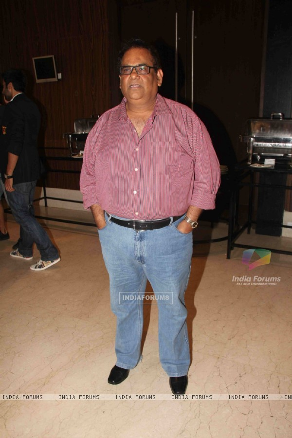 Satish Kaushik at success bash of film F.A.L.T.U (129653)
