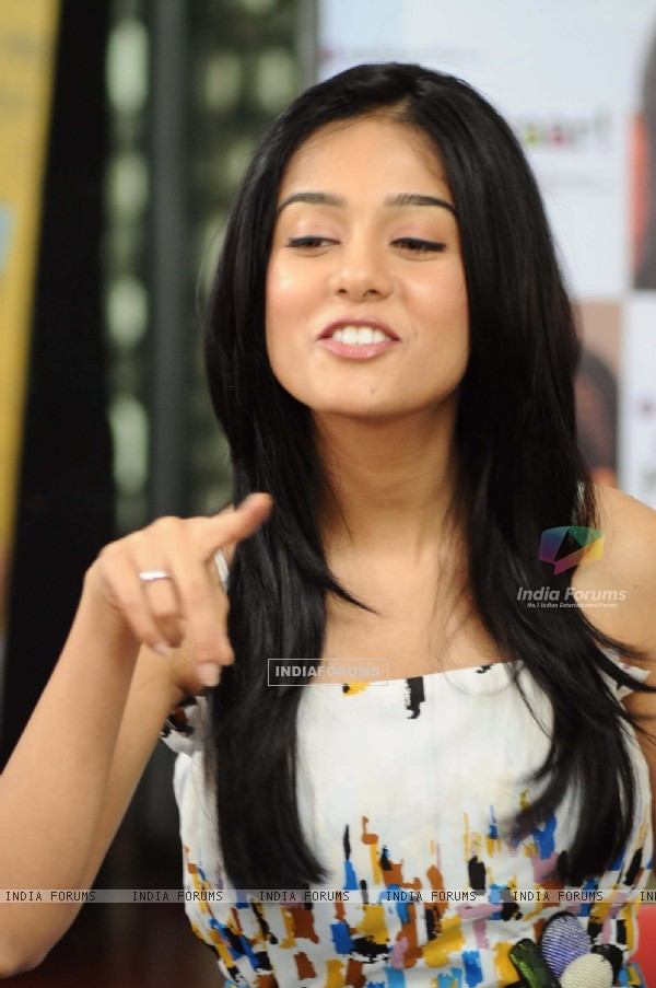 Amrita Rao at Love U... Mr. Kalakaar! music Launch at Cinemax, Mumbai (130019)