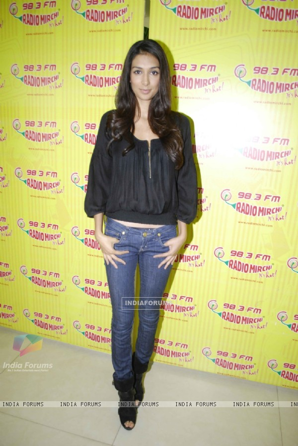 Preeti Desai promote Shor in the City on Radio Mirchi at Lower Parel, Mumbai