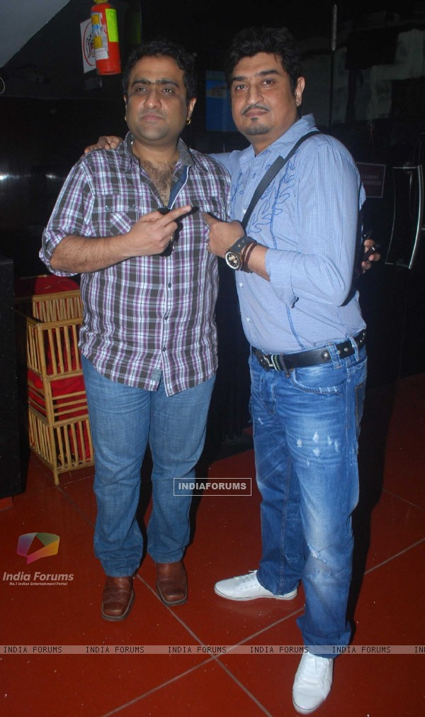 Kunal Ganjawala at Love U... Mr. Kalakaar! music Launch at Cinemax, Mumbai (130121)