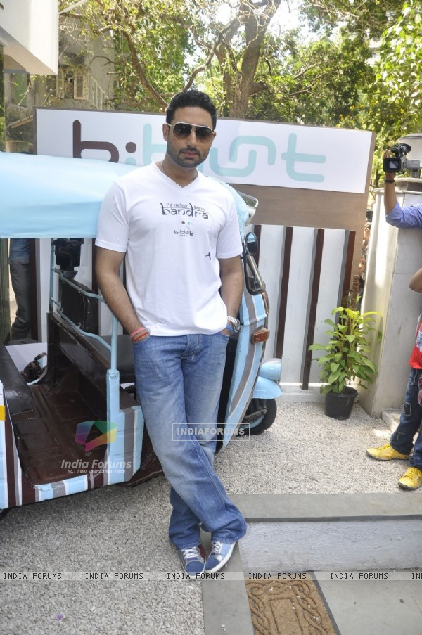 Abhishek Bachchan Inaugurate B'Blunt Salon in Bandra at Bandra, Mumbai