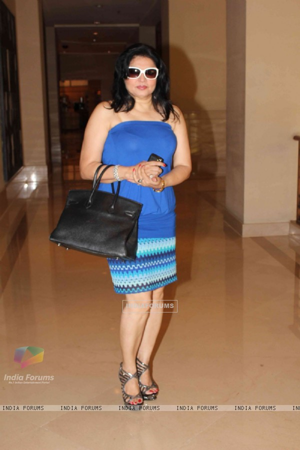 Kiran Sippy at Neeta Lulla collection showcase at JW Marriot