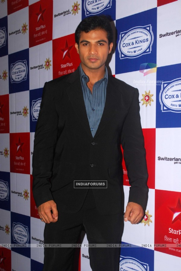 Mohammad Nazim as Ahem of Saathiya family of Star Plus snapped before leaving for Switzerland