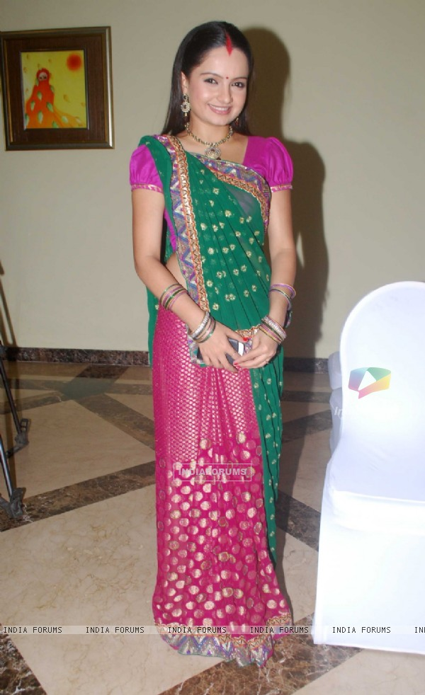 Giaa Manek as Gopi of Saathiya family of Star Plus snapped before leaving for Switzerland
