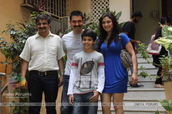 Aamir Khan's excited for Zokkomon!! Darsheel Safary and Manjari for special screening of Zokkomon