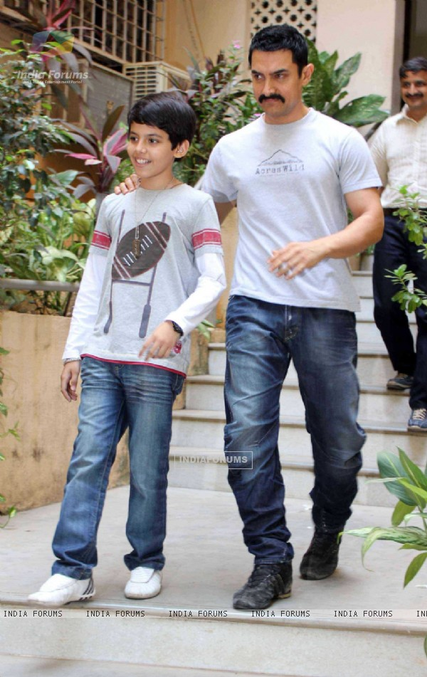 Aamir Khan's excited for Zokkomon!! Darsheel Safary for special screening of Zokkomon