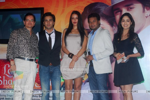 Neha Dhupia, Pulkit and Yami at launch of singer Apoorv's album Ek Ladki, Shabnami Jaisi