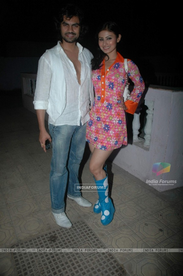 Gaurav Chopra and Mouni Roy at Debina Bonnerjee bday bash at Madh with Retro Theme