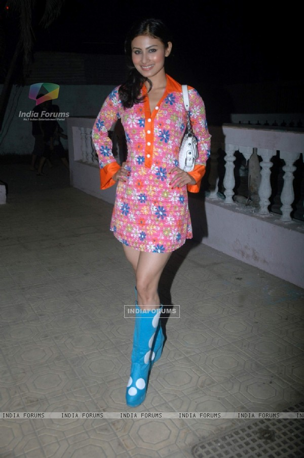 Mouni Roy at Debina Bonnerjee bday bash at Madh with Retro Theme