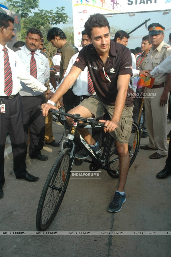 Imran Khan at BSA Cyclothon, Bandra. .