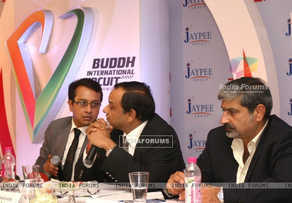 (L to R) Jaypee Group's JPSK Sports  MD Smeer Gaur,Chairman  Mukesh Gaur and Vicky Chandhok at the unveiling of 'Buddh International Circuit' (Formula-1 race Circuit) Logo, at Greater Noida on Monday. .
