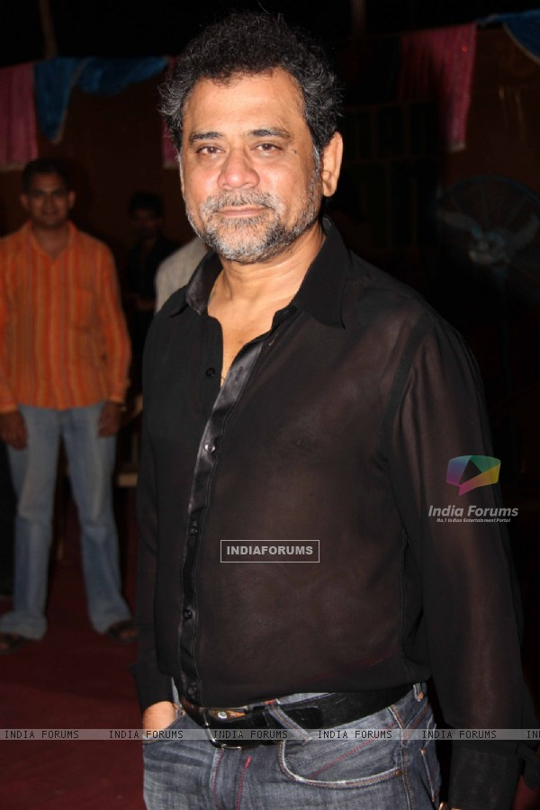 Anees Bazmee at 'Ready' music launch at Film City