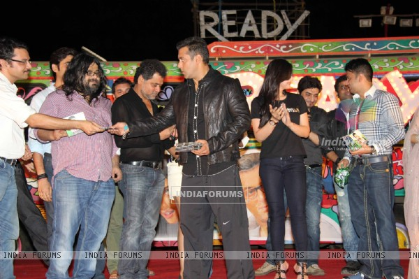 Cast and crew at 'Ready' music launch at Film City