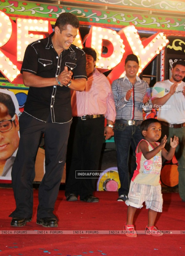 Salman Khan at 'Ready' music launch at Film City