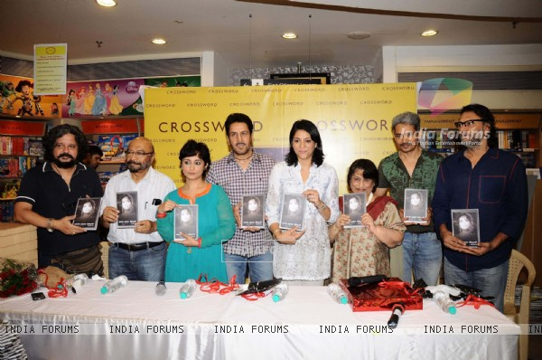 Divya Dutta mom Nalini's book launch at crossword. .