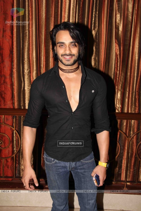 Angad Hasija at Yuva Tigers Calendar Launch in Club Millennium
