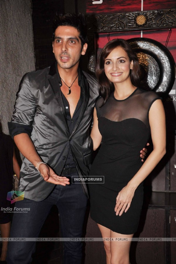 Dia Mirza and Zayed Khan at Exhibit Magazine anniversary bash, Vie Lounge, Juhu in Mumbai