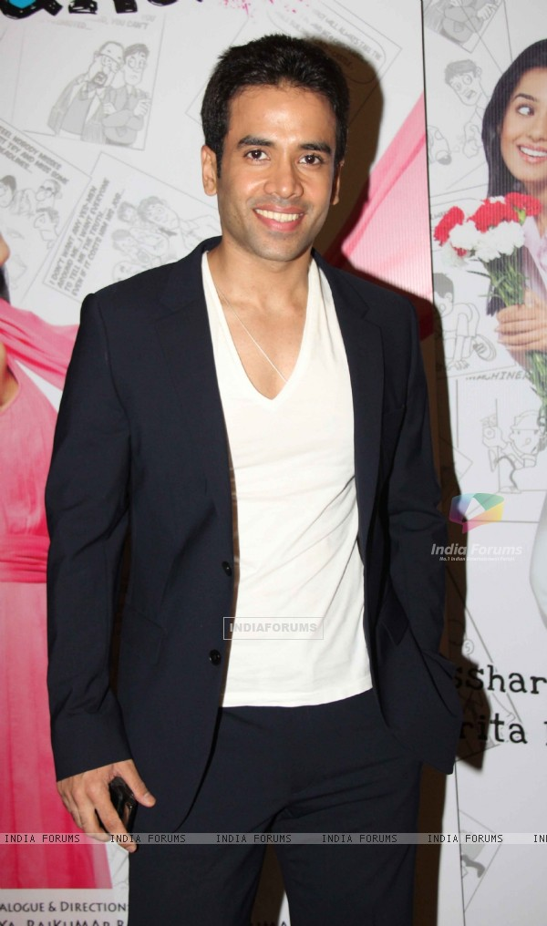 Tusshar Kapoor at 'Love U... Mr. Kalakaar!' movie screening (134379)
