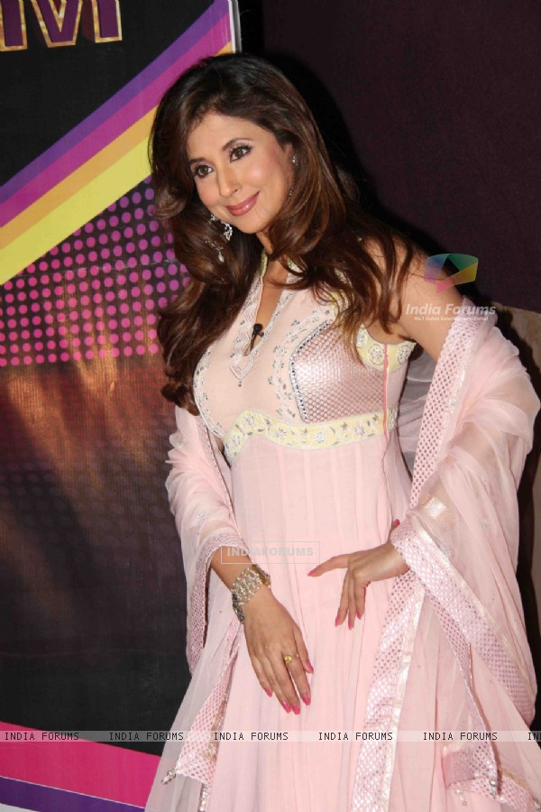 Urmila Matondkar and Terrence Lewis on the sets of Sasural Simar Ka