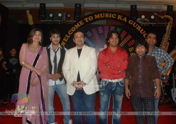 Alka Yagnik, Adnan Sami, Jay Soni and Kailash Kher at Sa Re Ga Ma Little Champs press meet at JW Mar