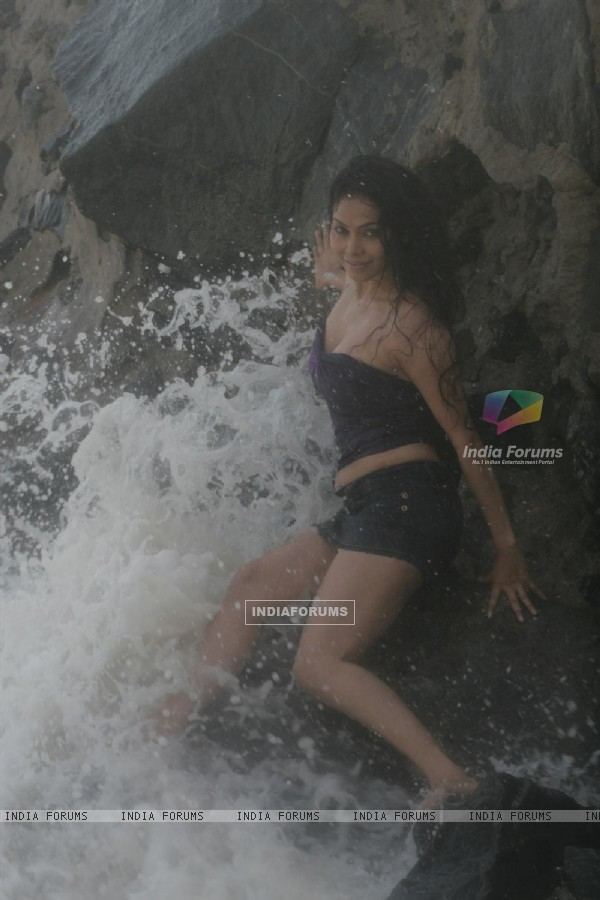 Nikita Rawal's Rain In Mumbai glamorous photo shoot in Versova, Mumbai