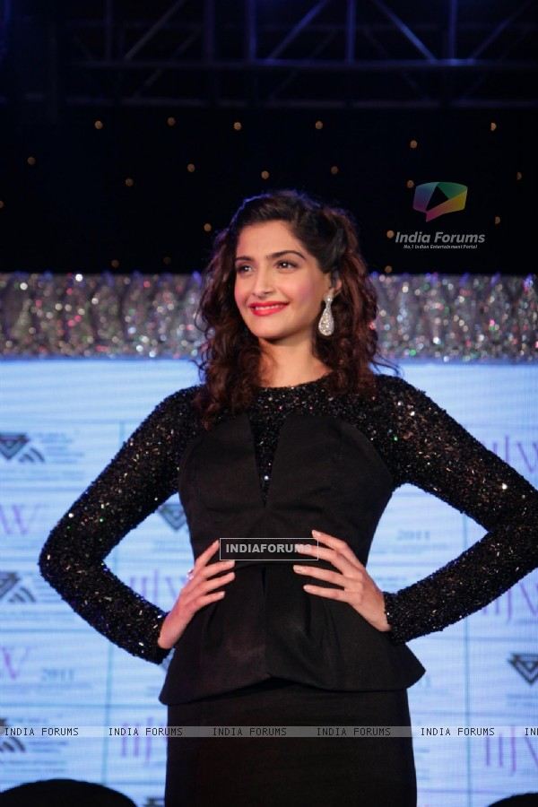Sonam Kapoor at IIJW fashion week announcement, Grand Hyatt in Mumbai