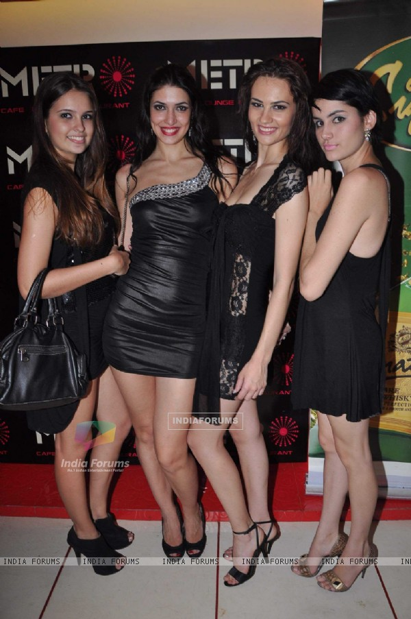 Metro Lounge launch hosted by Designer Rehan Shah at Andheri. .