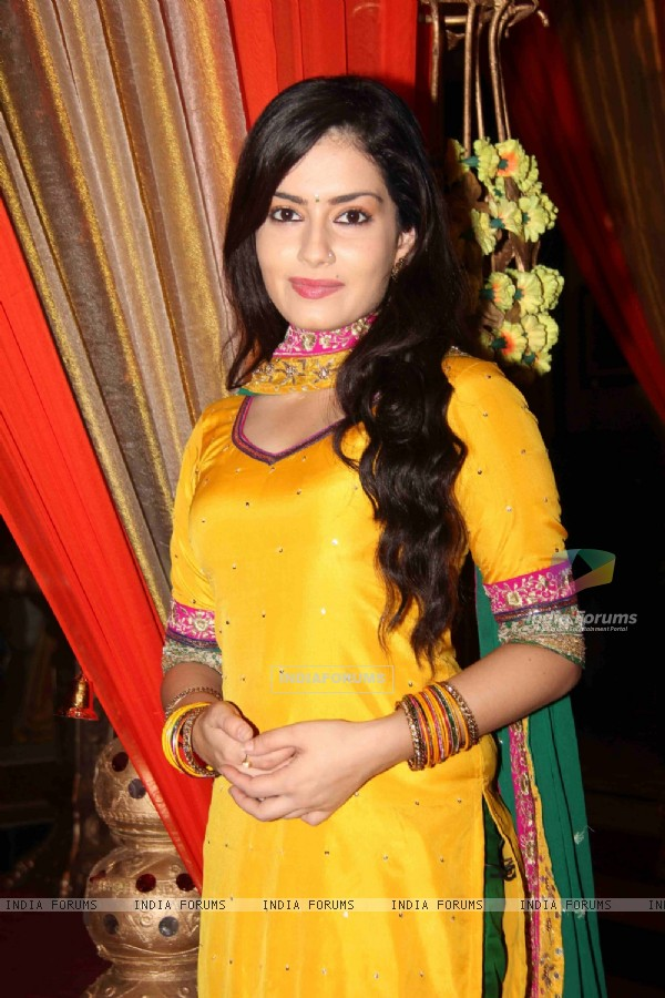 Shambhavi Sharma at Chhajje Chhajje Ka Pyaar tvshow on location shoot