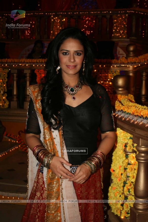 Mona Singh at Mehndi ceremony on the sets of Swayamvar Season 3 - Ratan Ka Rishta