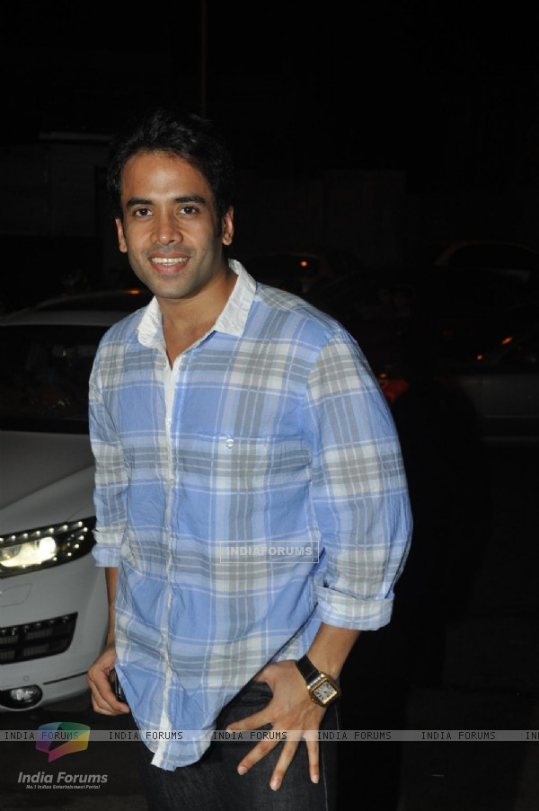 Tusshar Kapoor at Bheja Fry 2 success bash, Cest la Vie