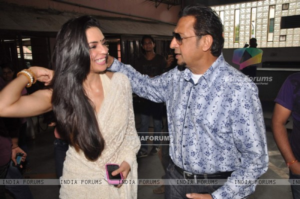 Gulshan Grover Special screening of Bin Bulaye Baarati for Helpage India at Parel Mumbai
