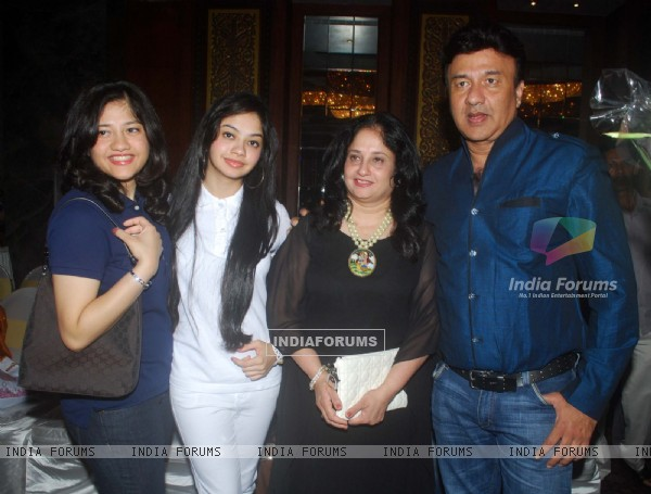 Anu Malik at Sudesh Bhosle's birthday bash