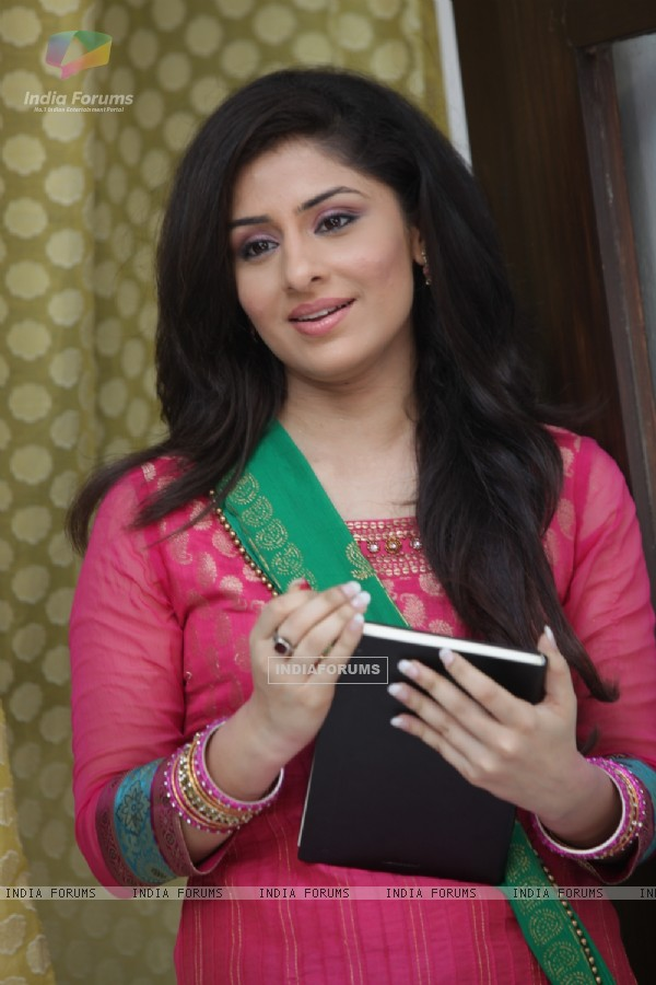 Ankita Sharma as Preeto in Sawaare Sabke Sapne � Preeto