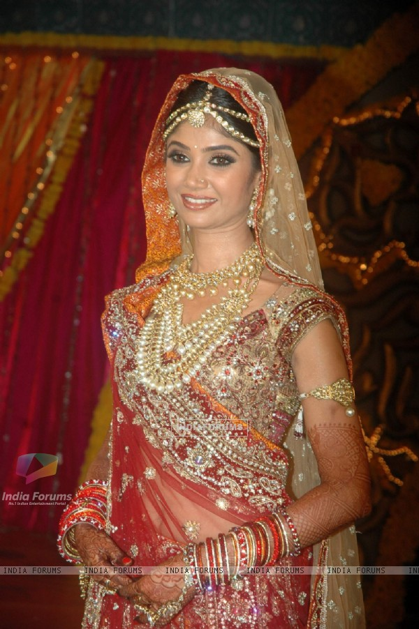 Ratan Rajput gets engaged on Imagine TV reality show Ratan Ka Rishta at Tulip Star