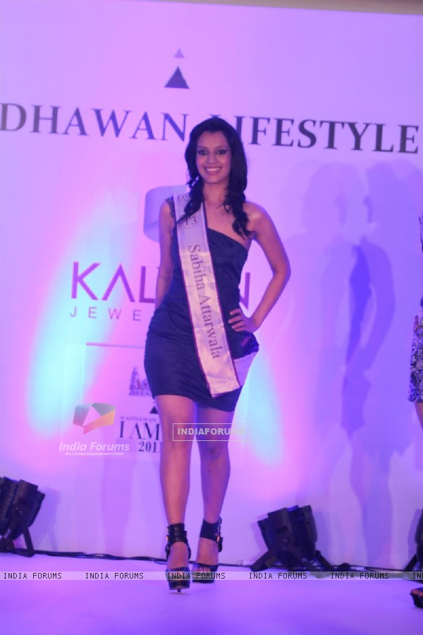 Models walk the ramp for Wadhawan Lifestyle I AM SHE 2011 at Hotel Trident Bandra, Mumbai