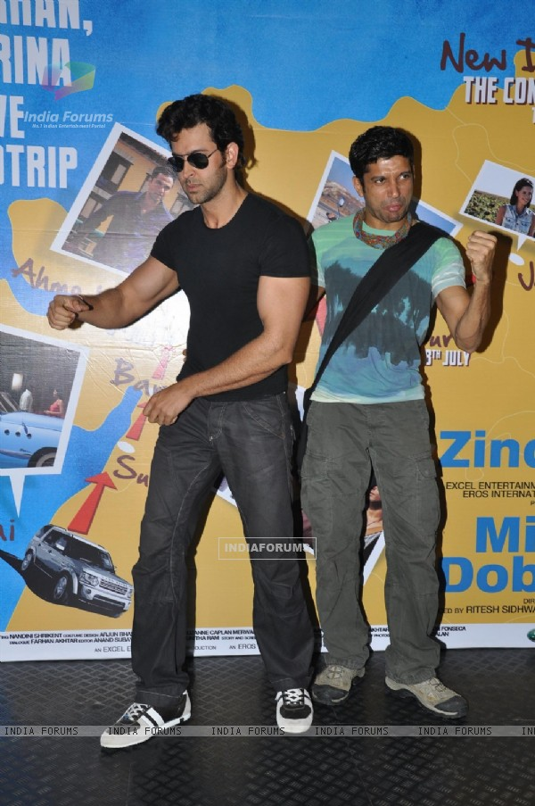 Hrithik, Farhan flag off their road tour from Mumbai to Delhi to promote their film Zindagi Na Milegi Dobara at Mehboob Studios in Bandra, Mumbai