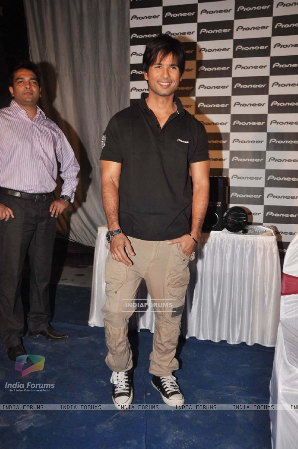 Shahid Kapoor at Pioneer car audio press meet, Mehboob