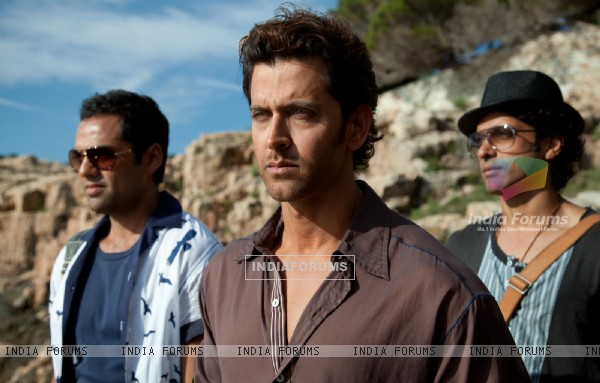 Hrithik, Farhan and Abhay in movie Zindagi Na Milegi Dobara (146983)