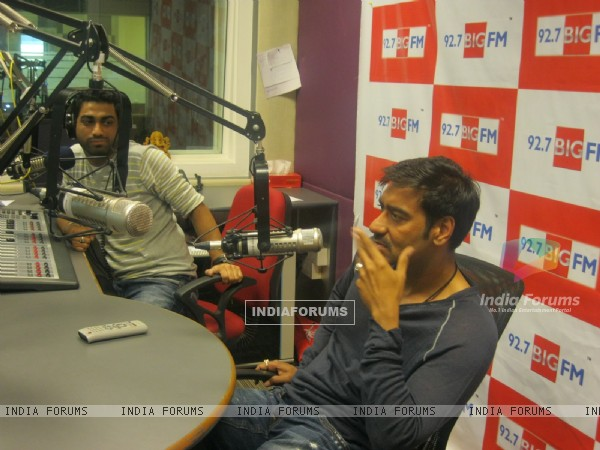 Ajay Devgan visited BIG 92.7 FM studios to promote movie 'Singham'