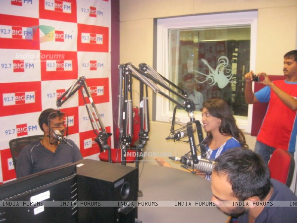 Ajay Devgan, Rohit Shetty visited BIG 92.7 FM studios to promote movie 'Singham'