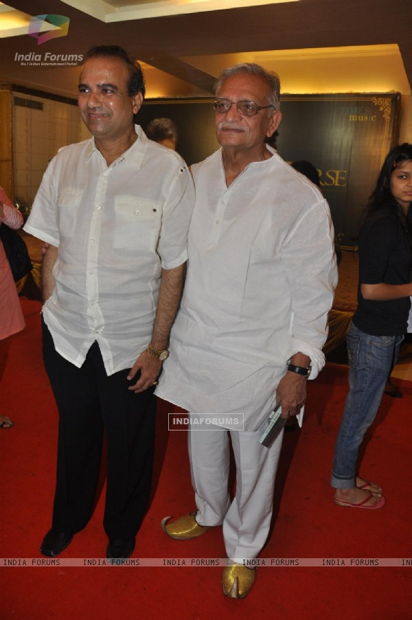 Gulzar and Suresh Wadkar at the launch of Barse Barse album at Santacruz