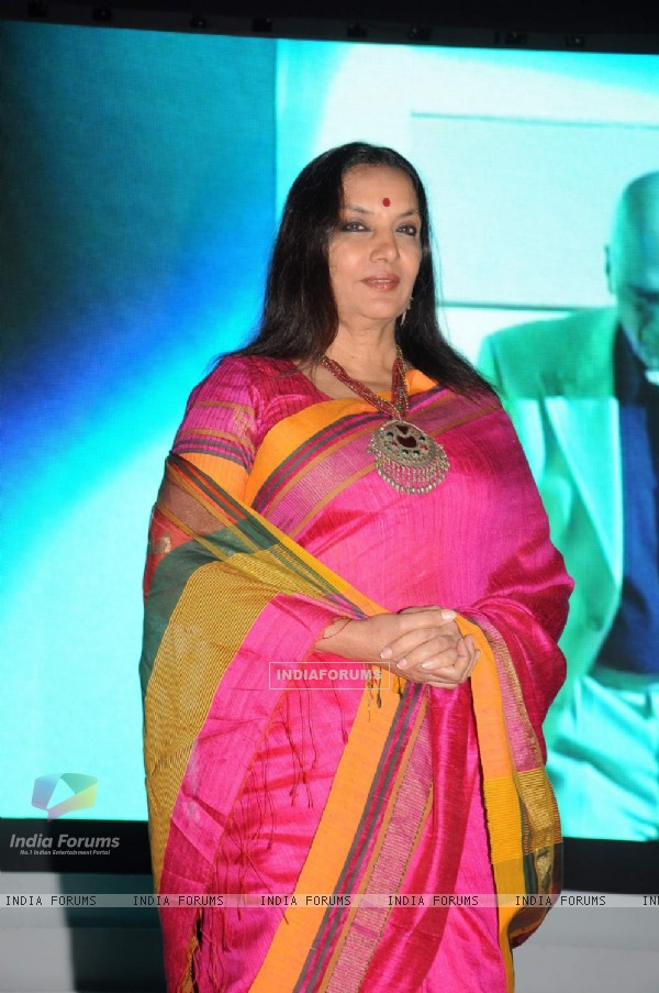 Shabana Azmi at Subhash Ghai film school Whistling Woods 4th convocation ceremony at St Andrews
