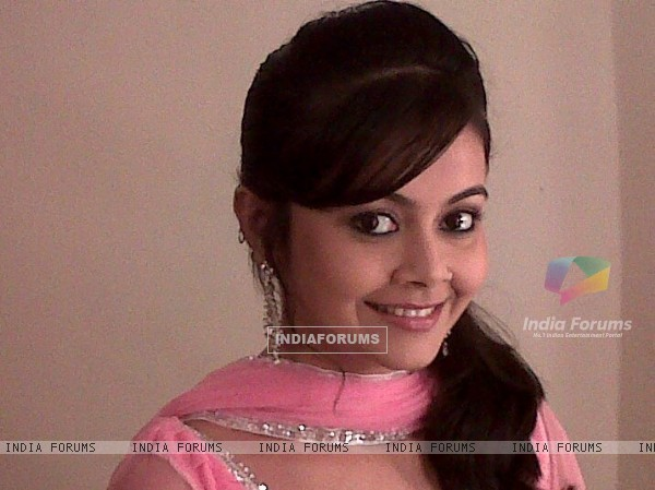 Devoleena Bhattacharjee as Baani Sodi