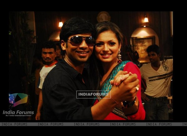 Drashti Dhami with her Choreographer