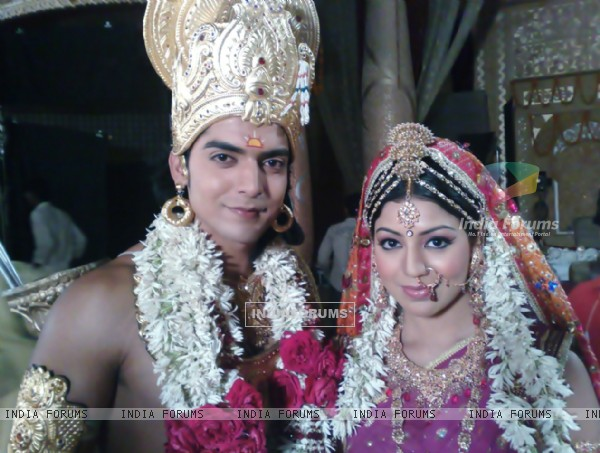 Gurmeet Choudhary and Debina Bonnerjee from the sets of Ramayan
