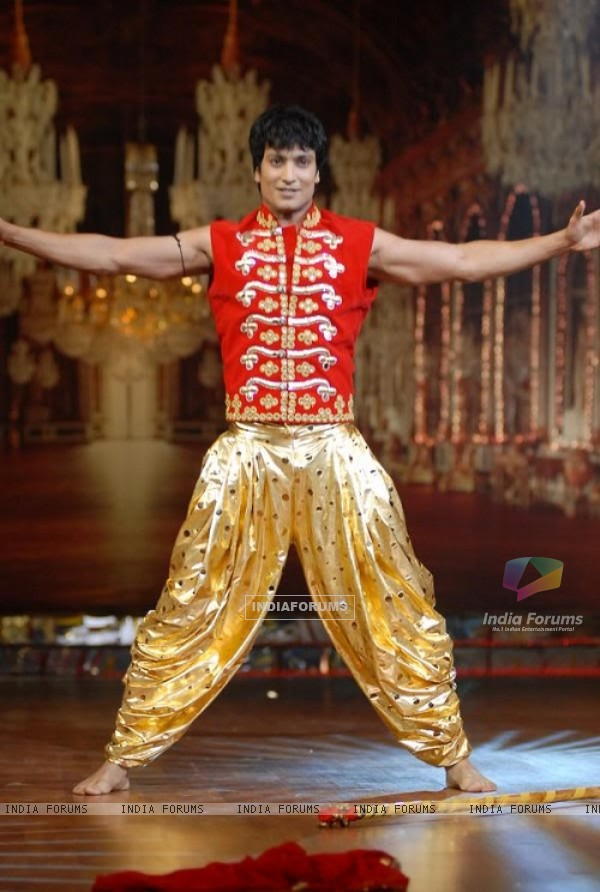 Kapil Nirmal doing solo performance in Nach Baliye