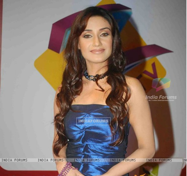 Rati Pandey at Gold Awards 2010
