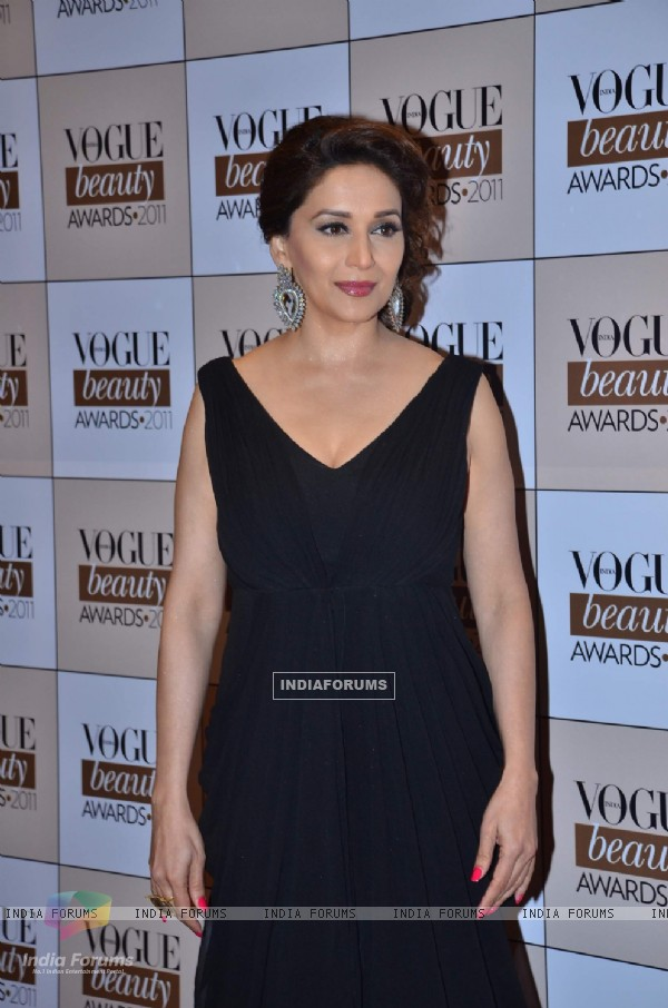Madhuri at 'Vogue Beauty Awards 2011' at Taj land's End