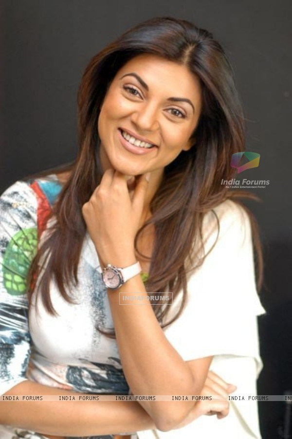 Sushmita Sen - Beautiful HD Wallpapers